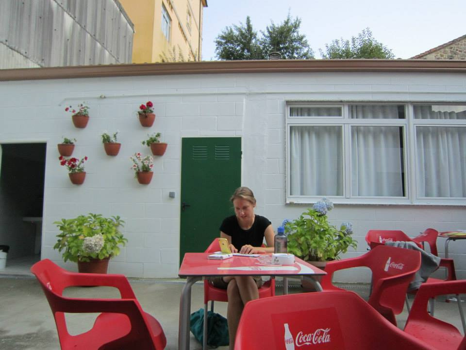 Nadine blogging at albergue